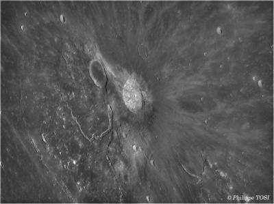 Cratère Aristarque & vallée de Shroëter en tone mapping