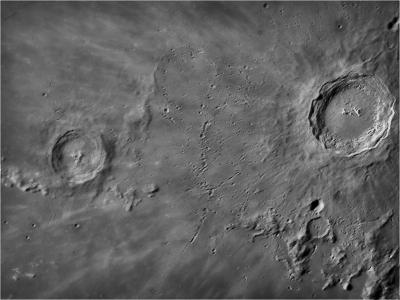 Cratère Copernic en tone mapping