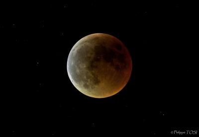 Eclipse lunaitre totale15 juin 2011 HDR newton 205mm